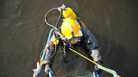 investigating recreational and commercial diving accidents